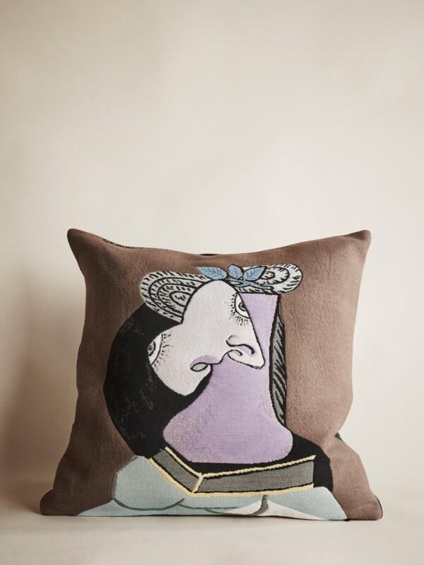 Pillowcase atmophere