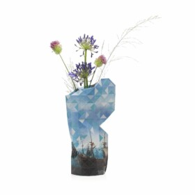 "Paper vase ""Slag bij Gibraltar"""